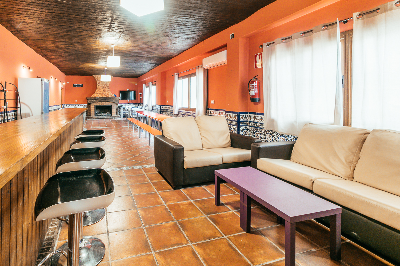 Sala en Alhendín - Zona 2 (HORARIO DE MAÑANA DE LUNES A JUEVES)